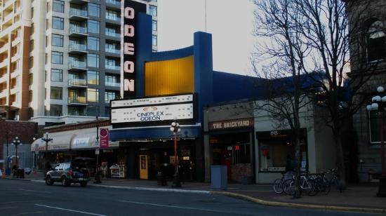 cineplex-odeon-victoria