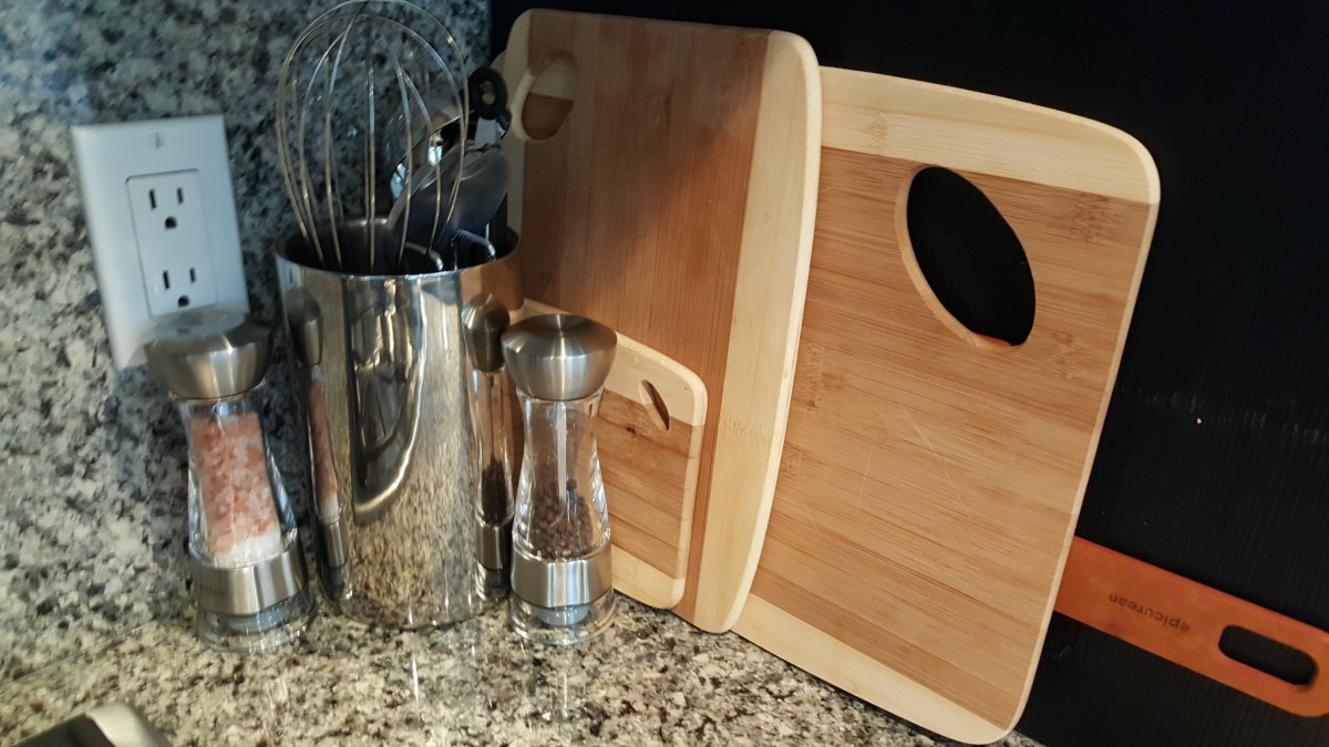 KITCHEN-peppersalt-and-cutting-boards