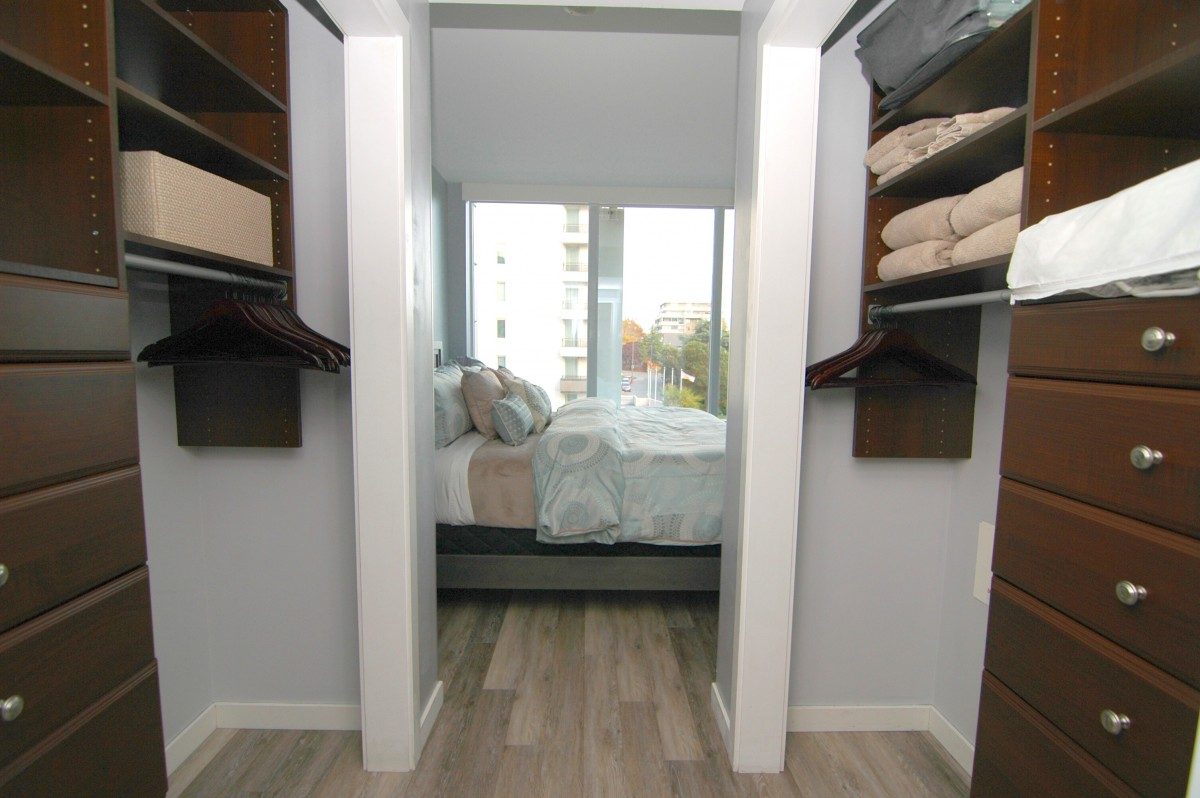 MASTER-BEDROOM-from-closets